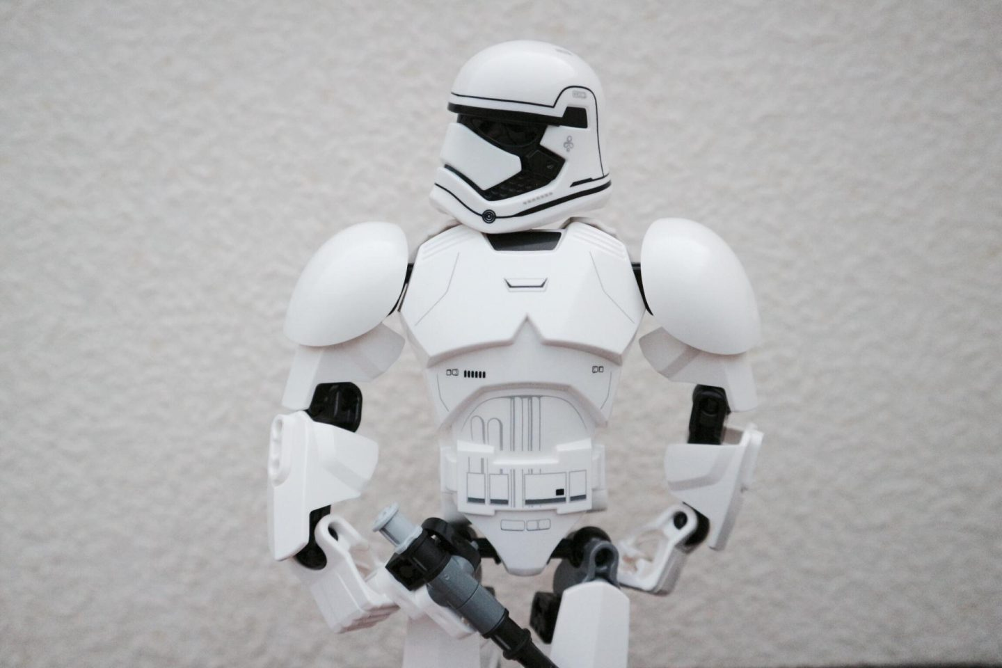 Review: Beware of the LEGO Star Wars Stormtrooper First Order 75114